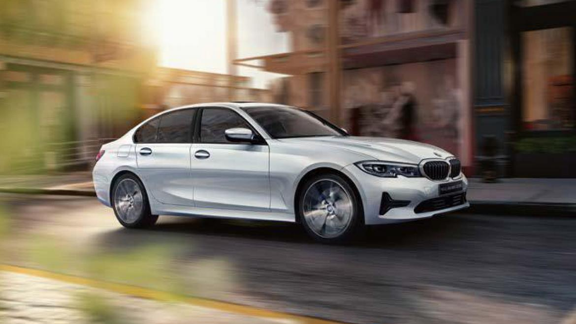 THE ALL-NEW BMW 320d xDrive.